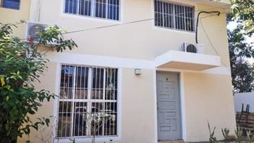 Townhouse en Reparto San Juan